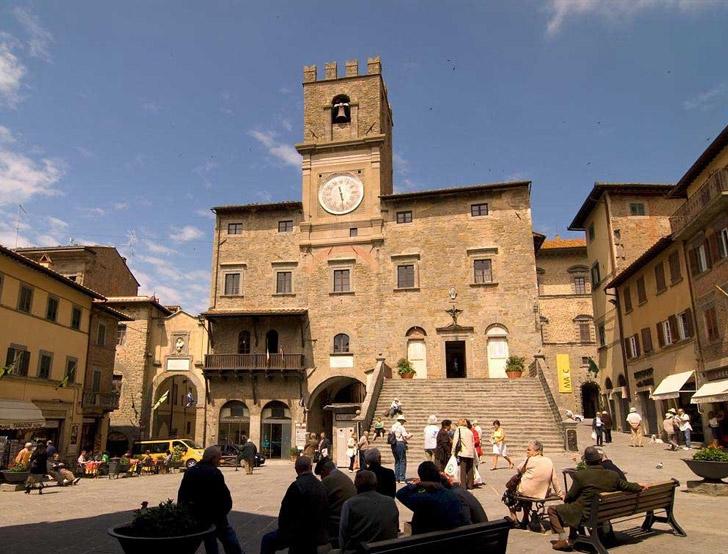 Arezzo mercato antiquariato 03 novembre i viaggi del for Arezzo antiquariato