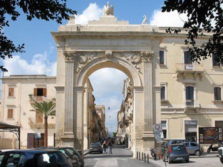 Noto_Porta_Reale