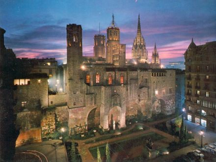 Cattedrale di Barcellona, chiamata anche La Catedral de la Santa Creu