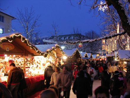 Bressanone: mercatino innevato