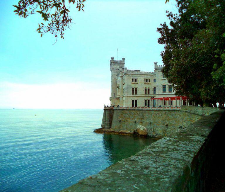 Il tour di Romana Bandierai - Lubiana Postumia e castello di Miramare