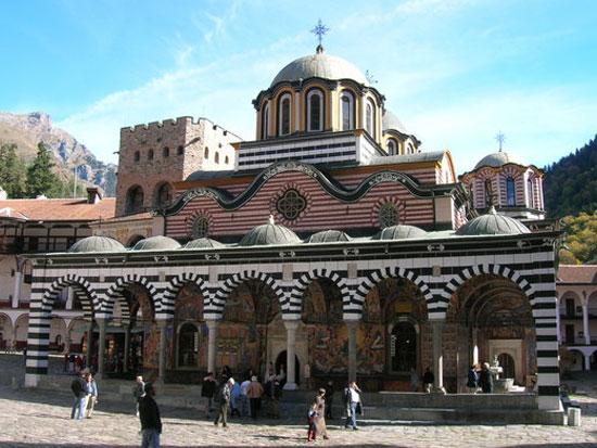 Gran tour della bulgaria sofia plovdiv kazanlak varna arbanassi e veliko tarnovo 21 giugno - Agenzia immobiliare sofia bulgaria ...