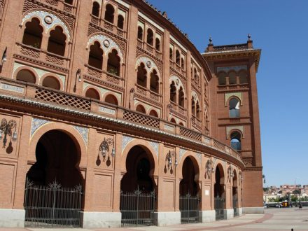 Manuela Salvadori: Saragozza Madrid Toledo Barcellona Segovia